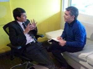 Charlando con Camilo Romero