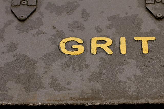 Grit grabado a fuego